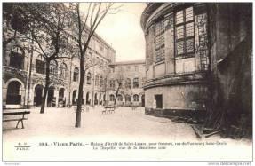 La prison, vue de la deuxième cour avec la chapelle