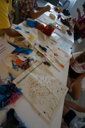 Les ateliers DIY de l'été #2 : Customiser son sac debibliothèque