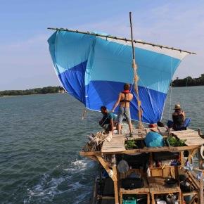 L'île d'Utopie : une photo, quatrehistoires